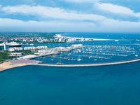 Urlaub Reisen  Deutschland Deutsche Küsten Warnemünde Yachthafenresidenz Hohe Düne