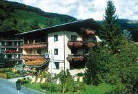Urlaub Reisen  Österreich Salzburger Land Saalbach-Hinterglemm Hotel Jägerwirt (Saalbach)