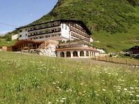 Urlaub Reisen  Österreich Tirol Galtür Hotel Almhof