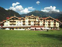 Urlaub Reisen  Österreich Tirol Finkenberg Hotel Kristall