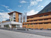 Urlaub Reisen  Österreich Vorarlberg Gaschurn Sporthotel Silvretta Montafon