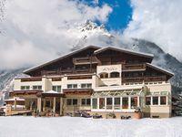Urlaub Reisen  Österreich Tirol Längenfeld Hotel Rita