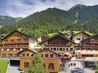 Urlaub Reisen  Österreich Vorarlberg St. Gallenkirch BergSpa Hotel Zamangspitze