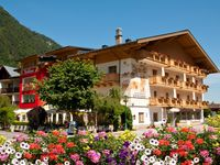 Urlaub Reisen  Österreich Salzburger Land Fusch am Großglockner Hotel Römerhof