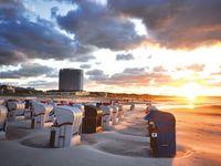 Urlaub Reisen  Deutschland Deutsche Küsten Warnemünde Hotel Neptun
