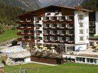 Urlaub Reisen  Österreich Tirol St. Leonhard Hotel Sport & Vital Seppl