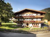 Urlaub Reisen  Österreich Tirol Kaltenbach Appartement Ferienhof Lackner