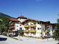 Urlaub Reisen  Österreich Salzburger Land Neukirchen am Großvenediger Zirbenhotel Steiger