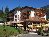 Urlaub Reisen  Österreich Tirol Oetz Aktivhotel Waldhof