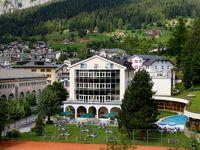 Urlaub Reisen  Schweiz Wallis Leukerbad Lindner Hotels & Alpentherme