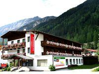 Urlaub Reisen  Österreich Tirol Längenfeld first mountain Hotel Ötztal