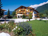 Urlaub Reisen  Österreich Tirol Mieming Landhotel Jäger