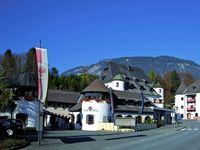 Urlaub Reisen  Österreich Tirol Fieberbrunn Family Hotel Schloss Rosenegg