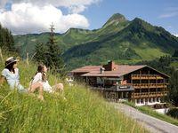 Urlaub Reisen  Österreich Vorarlberg Damüls Berghotel Madlener
