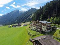 Urlaub Reisen  Österreich Salzburger Land Krimml Panoramahotel Burgeck