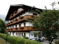 Urlaub Reisen  Österreich Tirol Fügen Pension Traube
