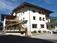 Urlaub Reisen  Österreich Tirol Kaltenbach Hotel Gasthof Post (Action)
