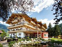 Urlaub Reisen  Österreich Salzburger Land Neukirchen am Großvenediger Familienhotel Grundlhof
