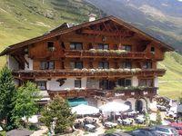 Urlaub Reisen  Österreich Tirol Vent Familienhotel Vent