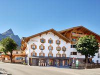 Urlaub Reisen  Österreich Tirol Ehrwald Mountain-Boutiquehotel Der Grüne Baum