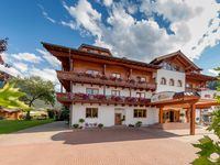 Urlaub Reisen  Österreich Salzburger Land Flachau Hotel Montanara