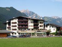 Urlaub Reisen  Österreich Tirol Maurach Seehotel Mauracherhof
