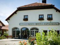 Urlaub Reisen  Deutschland Bayern Waldkirchen Michel & Friends Hotel Waldkirchen