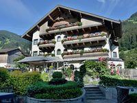 Urlaub Reisen  Österreich Tirol Hippach Ferienhotel Neuwirt