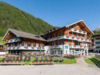 Urlaub Reisen  Österreich Osttirol Kals am Großglockner Scol Sporthotel Großglockner