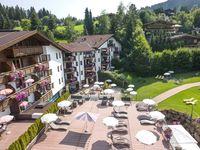 Urlaub Reisen  Österreich Tirol Kirchberg Lifthotel