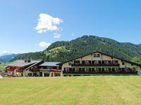 Urlaub Reisen  Österreich Salzburger Land Filzmoos Hotel Alpenkrone