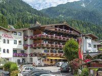 Urlaub Reisen  Österreich Tirol Maurach Familienhotel Rotspitz