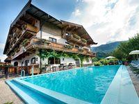 Urlaub Reisen  Österreich Tirol Kitzbühel Ferienhotel Alpenhof