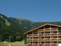 Urlaub Reisen  Österreich Salzburger Land Zell am See Alpine Resort Schwebebahn